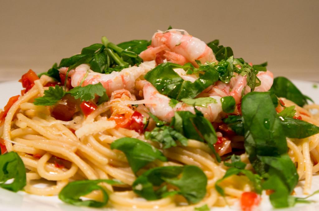 Reker pasta chili urter